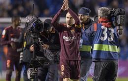 Iniesta rơi lệ sau danh hiệu cuối cùng giành được với Barcelona