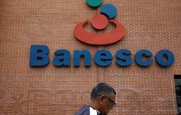 Venezuela bắt giữ 11 quan chức ngân hàng tư nhân Banesco