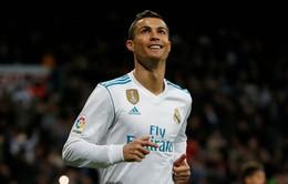 Ronaldo cân bằng kỷ lục của huyền thoại Di Stefano