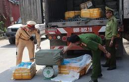 Bắt giữ 10 tấn nầm lợn bẩn đang được vận chuyển tiêu thụ
