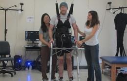 Liệu pháp gây tê giúp người bị liệt đi lại được