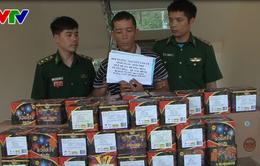 Hà Tĩnh: Bắt đối tượng vận chuyển gần 100kg thuốc nổ