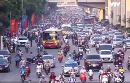 Đề xuất làn đường riêng cho xe bus ở Hà Nội: Có nên?