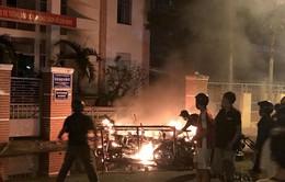 Người dân Bình Thuận phẫn nộ trước hành vi gây rối của một số đối tượng quá khích