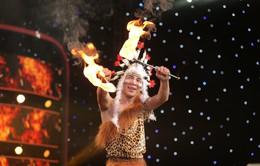 Rùng mình với màn ăn lửa, nuốt rắn của thí sinh Ảo thuật siêu phàm