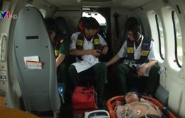 Điều trực thăng ra Trường Sa đưa ngư dân bị nạn về đất liền
