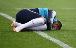 Va chạm với đồng đội, Mbappe dính chấn thương trước ngày khai màn World Cup 2018