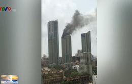 Ấn Độ: Cháy chung cư 33 tầng, hàng trăm người sơ tán