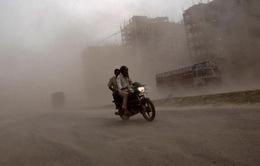 Bão kèm sấm sét tại Ấn Độ khiến hàng chục người thương vong