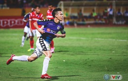 Ngược dòng thành công, CLB Hà Nội bất bại lượt đi V.League 2018