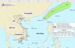 Áp thấp nhiệt đới di chuyển nhanh theo hướng Đông Bắc