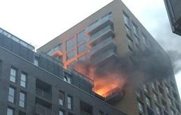 Liên tiếp hai vụ cháy chung cư tại Anh