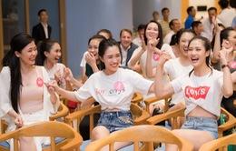 Dàn thí sinh Hoa hậu Việt Nam 2018 hết mình cổ vũ  FIFA World Cup™ 2018