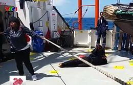Italy và Malta đóng cửa khẩu, hàng trăm người di cư lênh đênh trên biển