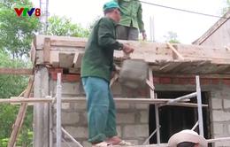 Xây dựng nhà chống bão lụt cho người dân miền Trung