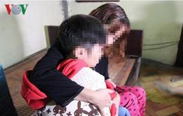 Điều tra vụ bố bạo hành hai con nhỏ tại Hà Nội