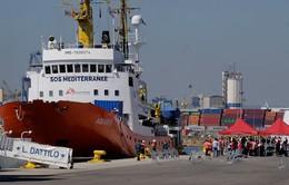 Aquarius - Giọt nước tràn ly trong cuộc khủng hoảng người tị nạn mới ở châu Âu