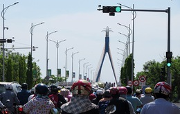 Đà Nẵng: Bổ sung đèn tín hiệu, biển báo, đảm bảo trật tự an toàn giao thông