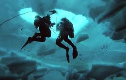 """Bộ đồ trang bị """"lớp mỡ nhân tạo"""" giúp thợ lặn chịu lạnh trong thời gian dài"""