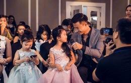 Tiến Lộc và con gái gây xúc động trong đêm diễn về Ngày của cha