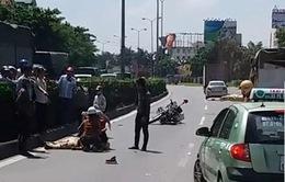 Xe tải tông vào xe CSGT, một chiến sĩ bị thương nặng