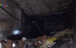 Cháy lớn tại Cà Mau, 5 căn nhà bị thiêu rụi