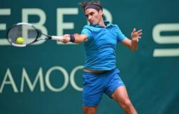 Federer thắng kịch tính, Djokovic dễ dàng đánh bại Dimitrov
