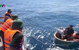 Cứu sống 4 thuyền viên gặp nạn trên biển sau khi tàu chìm