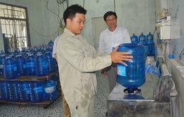 Hà Nội xử phạt 16 cơ sở nước đóng chai và nước đá