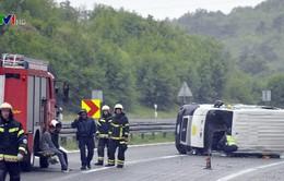 Xe bus chở người di cư gặp nạn ở Croatia