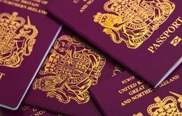 """Toà án Anh bác bỏ hộ chiếu cho """"giới tính thứ ba"""""""