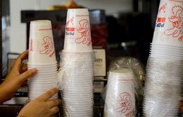 Chính sách cấm đồ nhựa tại Ấn Độ làm khó Starbucks và McDonald's