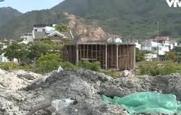 Khu dân cư mới biến thành bãi chứa rác