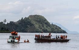 Indonesia: Điều tra hình sự 4 cá nhân trong vụ đắm tàu ở hồ Toba