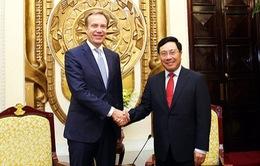 Lãnh đạo Đảng và Nhà nước làm việc với Chủ tịch Diễn đàn Kinh tế Thế giới