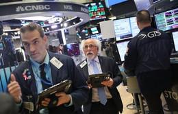 Chứng khoán Mỹ giảm điểm do lo ngại căng thẳng thương mại