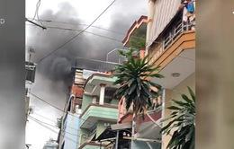 TP.HCM: Nhà 4 tầng bốc cháy ngùn ngụt