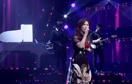 """Hương Tràm hát live ca khúc mới """"Duyên mình lỡ"""" ở tập 4 The Debut"""