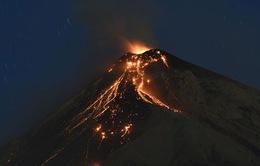Núi lửa Guatemala phun trào, hàng trăm người thương vong