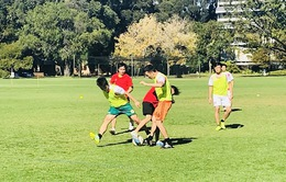 Đại học Curtin giành cúp trong Giải bóng đá sinh viên Việt Nam 2018