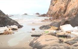 Quảng Bình: Ô nhiễm môi trường khu du lịch Bãi Đá Nhảy