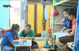 Tình nguyện dạy tiếng Việt cho du học sinh Lào