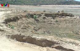 Nạo vét hồ chứa bồi lắng tại Ninh Thuận