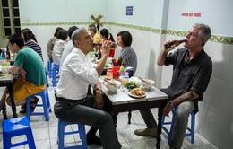 Đầu bếp ăn bún chả cùng cựu Tổng thống Mỹ Obama qua đời