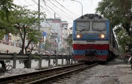 """Đường sắt Việt Nam: """"Lạc hậu cả 100 năm"""""""