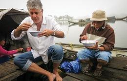 Những hình ảnh đáng nhớ về siêu đầu bếp Anthony Bourdain tại Việt Nam