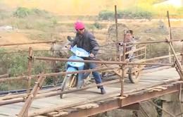 Cao Bằng: Bà con miền núi mòn mỏi chờ thủy điện đền cầu