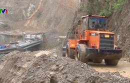 Hàng nghìn hộ dân huyện Mường Tè (Lai Châu) bị cô lập sau lũ