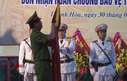 Trại giam Thanh Phong đón nhận Huân chương Bảo vệ Tổ Quốc