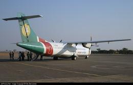 Máy bay Myanmar hạ cánh khẩn cấp do nứt kính chắn gió